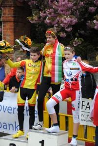 Siegerehrung Schüler U 15: Sieger: Louis Lex, Hamburger RG 2, Zweiter: Bosse Kahlstorf,  Radsportteam Uelzen im Post SV, Dritter: Pascal Walaschk, Hannoverscher Rad-Sport-Club.