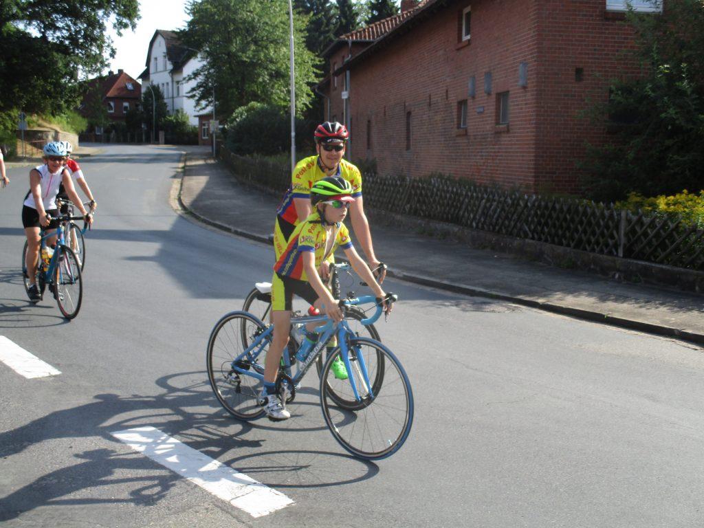 Linus und Andreas Gaulke auf der 89er-Strecke